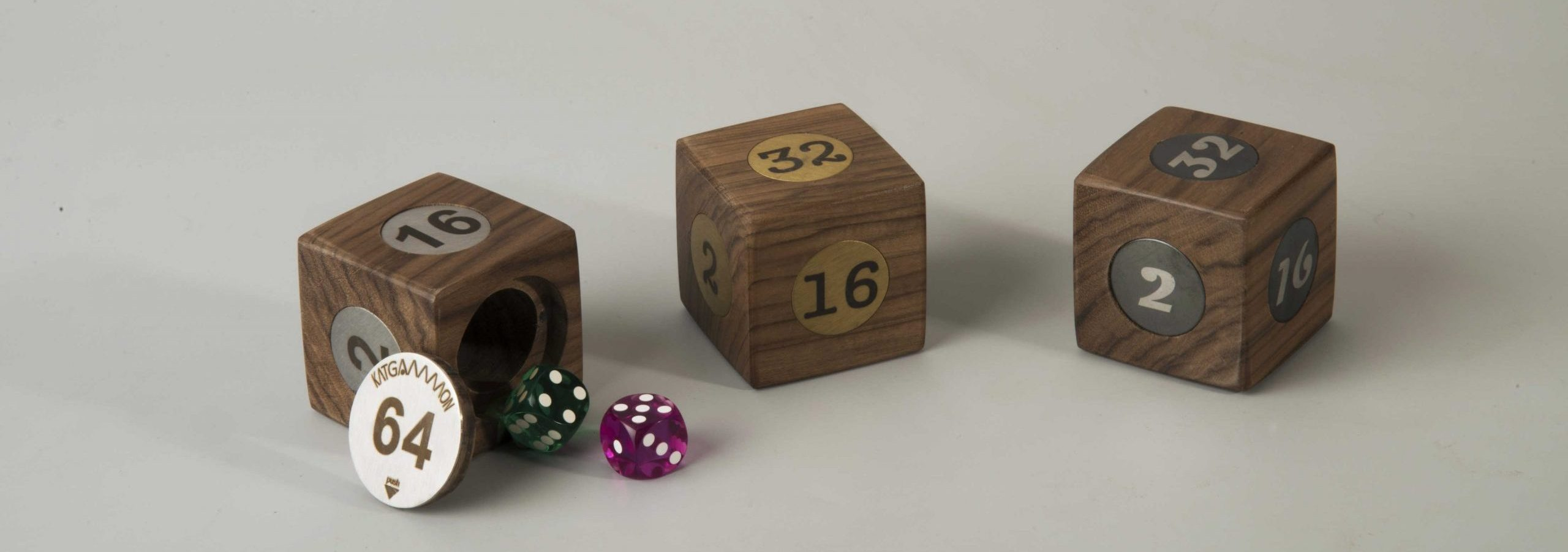 Wooden cube & dice bo