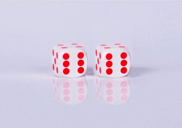 Precision dice calibrated White White - red dots